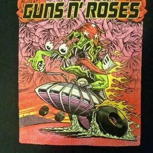 Guns N' Roses Montreal Quebec tour shirt